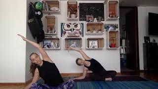 """""""Yoga en casa para la familia"""": Por Anat Axelrod"""