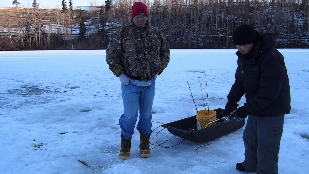 Alaska ice fishing matanuska lake palmer youtube for Ice fishing youtube