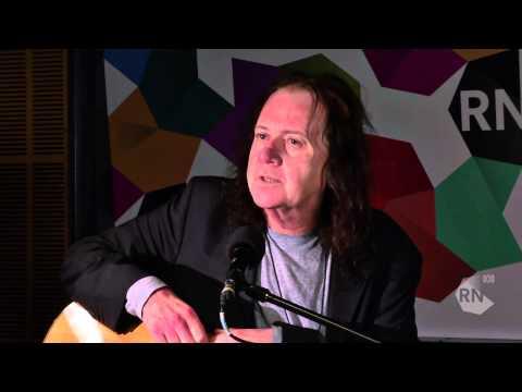 The Saints lead singer Chris Bailey - live in the studio [HD] Inside Sleeve, ABC RN