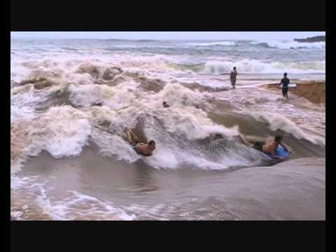 Kelly Slater surfing river rapid wave at Waimea Bay Hawaii 2011.wmv