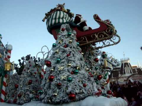 disney christmas parade part 3 3 disneyland. Black Bedroom Furniture Sets. Home Design Ideas