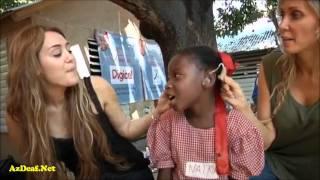 Майли Сайрус и глухие дети