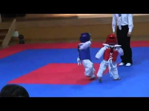 Cute Taekwondo fight