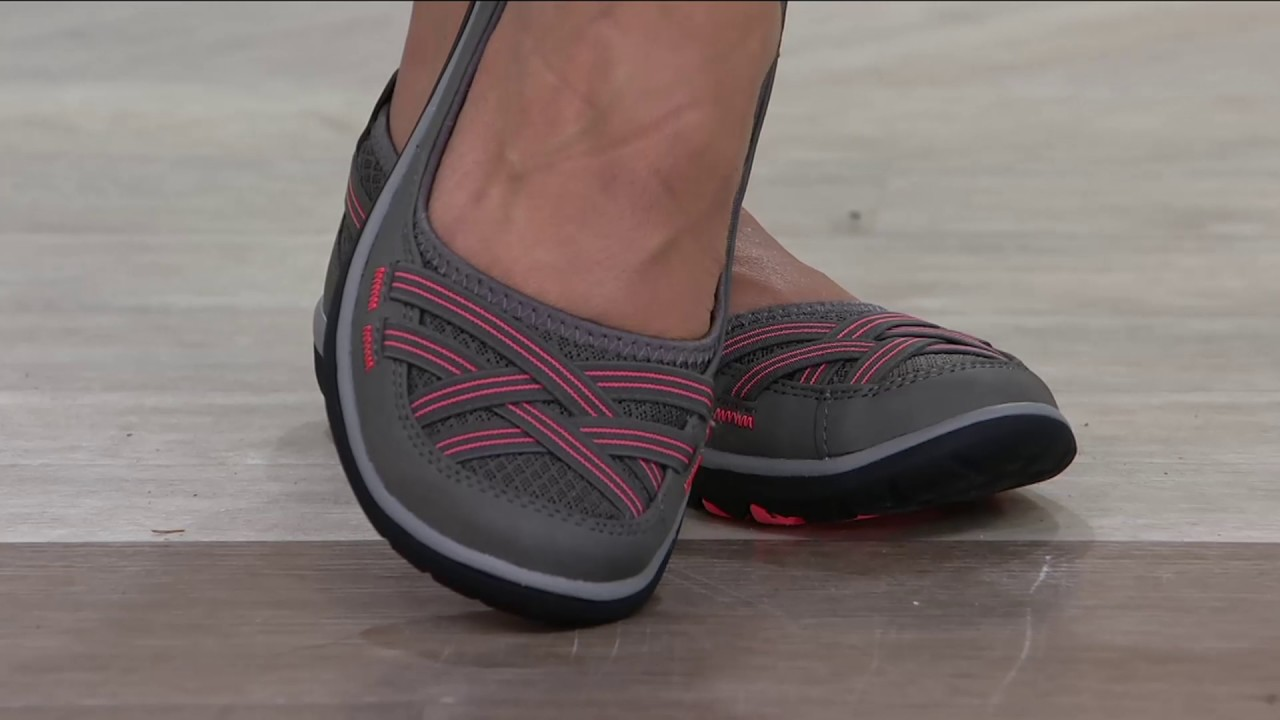 21a572405d42 Clarks Outdoor Slip-on Flats - Aria Pump on QVC - YouTube