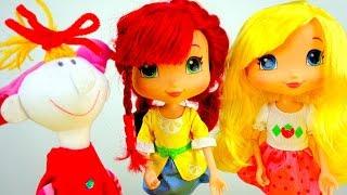 Видео для детей. Маша и подружки.  Новое платье для Клавы. Как сшить платье для куклы.