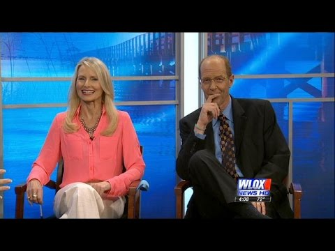 WLOX anchors honored for their broadcast journalism work