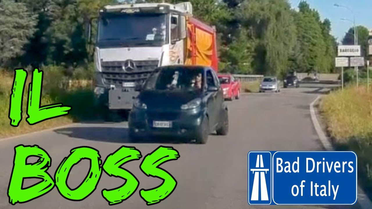BAD DRIVERS OF ITALY dashcam compilation 08.14