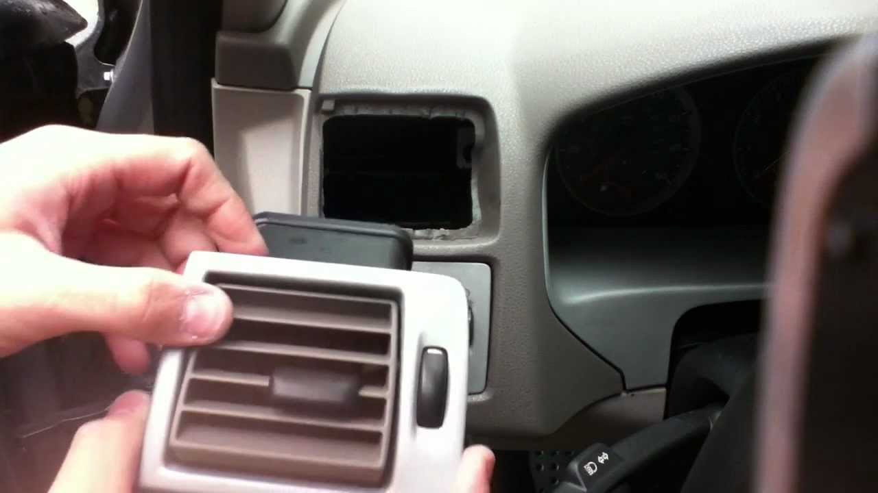 Volvo S40 Side Air Vent Removal Youtube