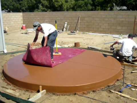 Round Concrete Patio Being Stamped   YouTube
