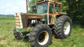 Rare Oliver 2050 MFWD Tractor Sold for $16,000 on Iowa Auction