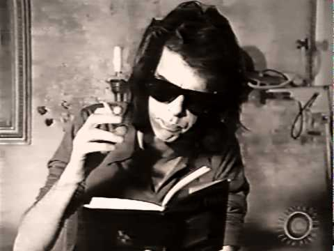 """Nick Cave reads the text of his song """"Dead Joe"""", London 1992"""