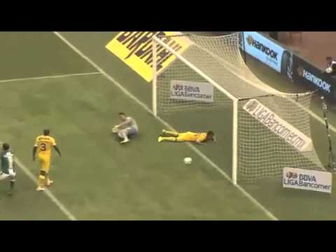 Miguel Paraíso no Estoril - CD Mafra: Bet na área! from YouTube · Duration:  1 minutes 43 seconds
