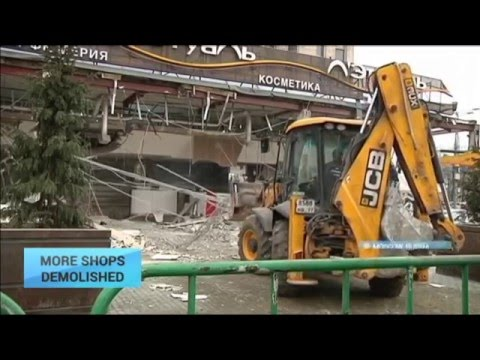 More Shops Demolished: Moscow continues bulldozing shops it brands 'illegal'