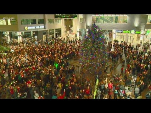 Boise's Christmas tree gets lit up
