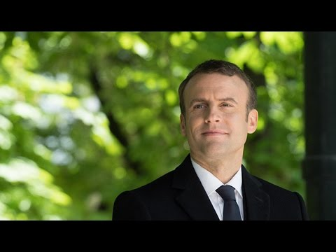 Macron gambles on newcomers in pivotal parliamentary election