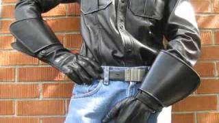 Raber Gauntlet Leather Gloves