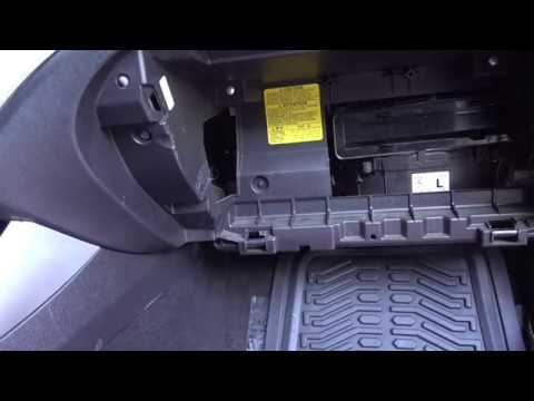 How To Replace  Cabin Air Filter on a 2010 Subaru Impreza