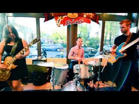 JW Jones Blues Band at the Blues City Deli - French Toast