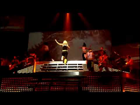 Gwen Stefani - Orange County Girl (Harajuku Lovers Live Version)