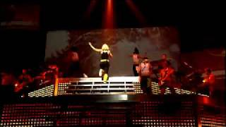 Gwen Stefani - Orange County Girl (Harajuku Lovers Live Version)