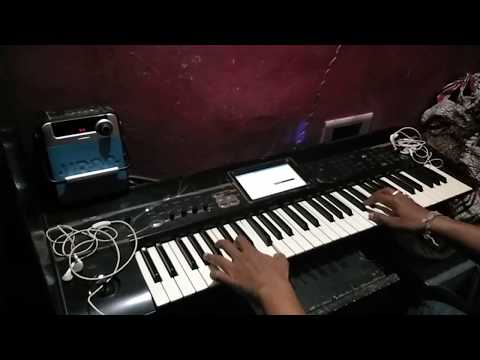 Playing flute and violin on keyboard