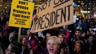 트럼프 당선 후 증오행위 속출…미국 극심한 분열