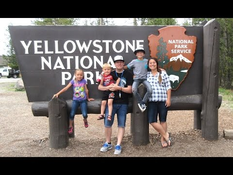 🐻YELLOWSTONE NATIONAL PARK🌲 l FAMILY RV TRIP🚌 | VLOG USA | DYCHES FAM