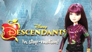 Epic Doll Dance Battle | Descendants 2