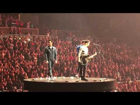 Jonas Brothers- Hesitate/Please Be Mine/Gotta Find You. Live In Orlando, November 2019