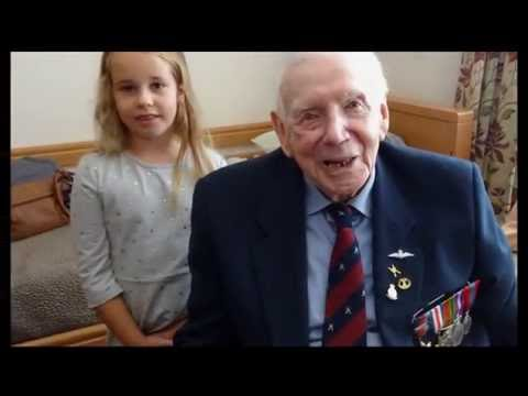 Fred Smith - 95 - Awarded Légion d'honneur For His Part In D-Day Landings In 1944