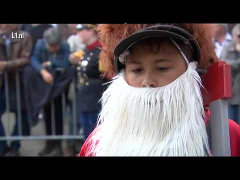 Hubertusschool Herten tijdens optocht Kinjer OLS 2016 in Maasmechelen