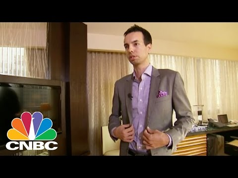 Here's What A $1,000 Custom Suit Looks Like | CNBC