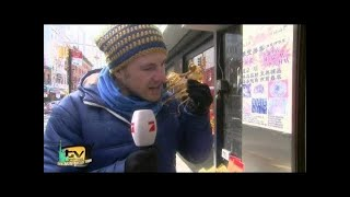 Luke auf ekelhafter Fresstour in Chinatown - TV total
