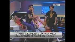 Repeat youtube video kathy Contreras    pies desnudos en Sofa Sutra   Asi somos