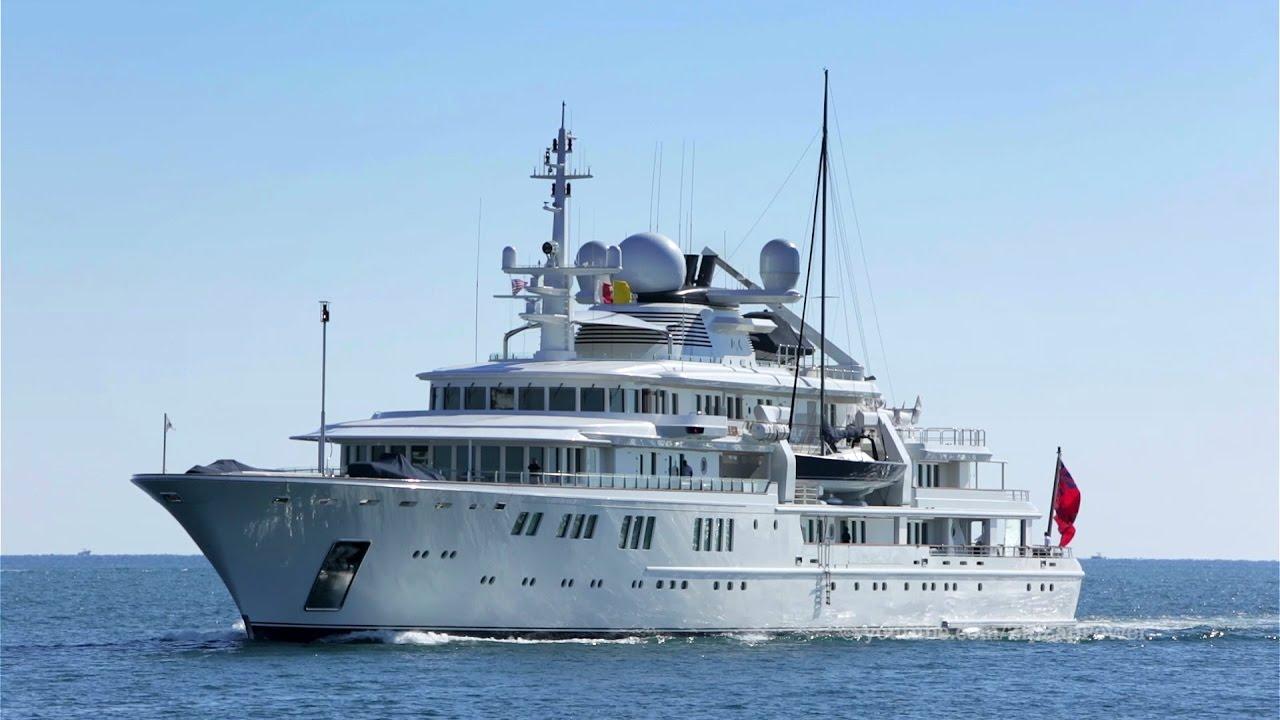 Tatoosh Paul Allen S Masive Superyacht With A Sailboat Tender