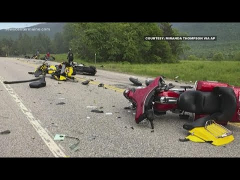 7 motorcyclists die in crash with pickup in Randolph, N H