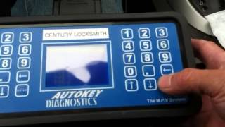 How to program a transponder key for 2011 Nissan Rogue (Part 1/2)
