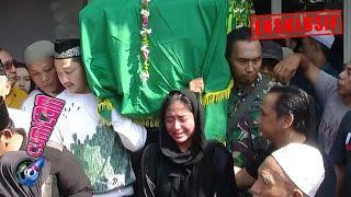 Download Lagu Hot News! Dewi Perssik Histeris Antar Ayah ke Peristirahatan Terakhir - Cumicam 10 Juni 2019 mp3