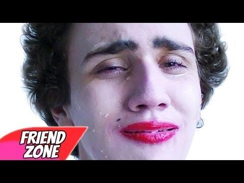 FRIENDZONE  Paródia Miley Cyrus - Wrecking Ball