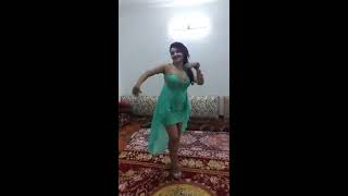 Afghan Girl dance at home 2017
