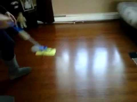 How to Clean Laminate Flooring, Remove streak/smear marks - YouTube