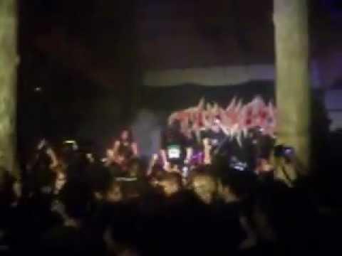 Tankard Live In Belém - The Metal Lady Boy.AVI