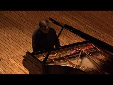 Schumann  Symphonic Etudes  Var IX A Gavrilov  Prague