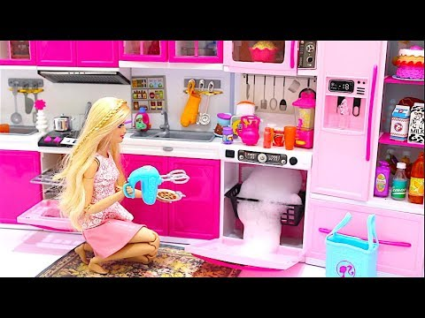 Barbie Doll Kitchen Set Up Real Cooking Refrigerator Toyمطبخ باربيbarbie Cozinha Geladeira Youtube
