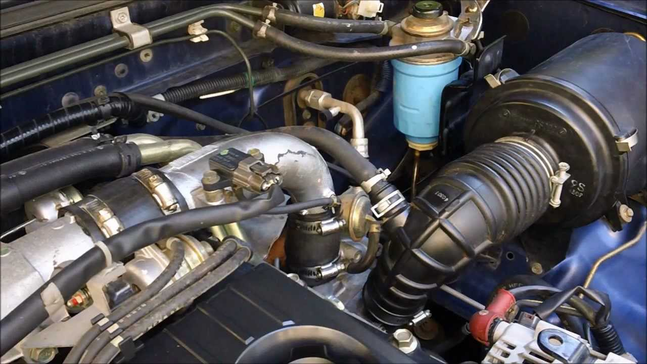 how to change fuel filter on nissan navara d22 zd30 turbo diesel motor youtube [ 1280 x 720 Pixel ]