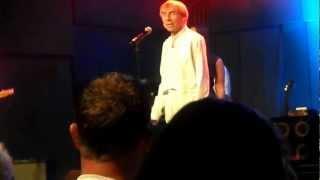 Jahn teigen - min første kjærlighet på terningen arena den 14.09.2012