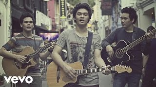 [3.11 MB] TheOvertunes - Dunia Bersamamu (Video Clip)