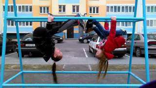 Гимнастический танец на турнике(Помогает здоровью и развитию детского интеллекта., 2016-04-02T11:54:35.000Z)