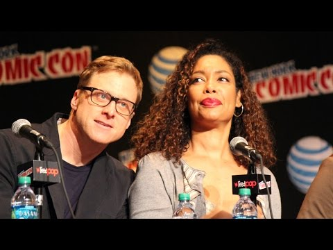 Alan Tudyk and Gina Torres on their bedroom  in Firefly: NYCC 2015