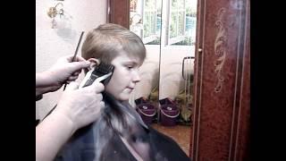 Как подстричь ребёнка дома самой . Легко .How to trim a child at home itself